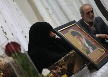 تکریم مادران و همسران شهدای سولقان