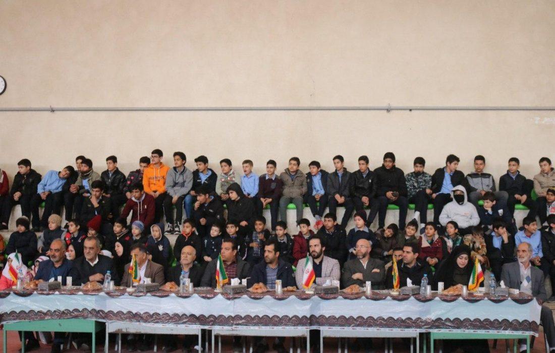 مراسم دومین المپیاد ورزشی مدرسه ایی با همکاری دهیاری سولقان