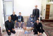 شال عزای امام حسین با سالمندان محل بالا اهدا شد
